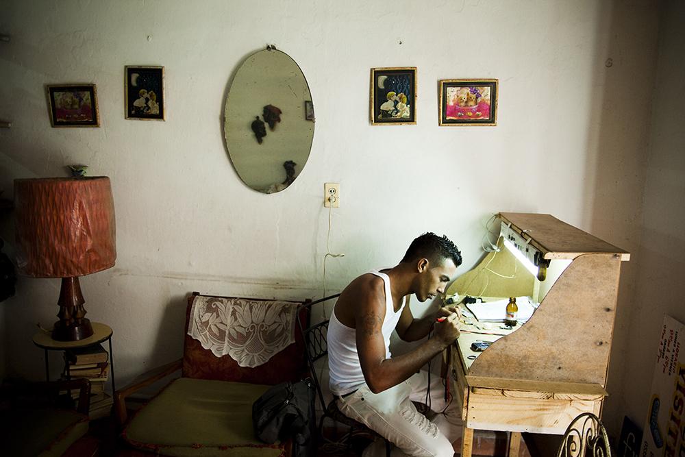 Julien Goldstein, Cuba