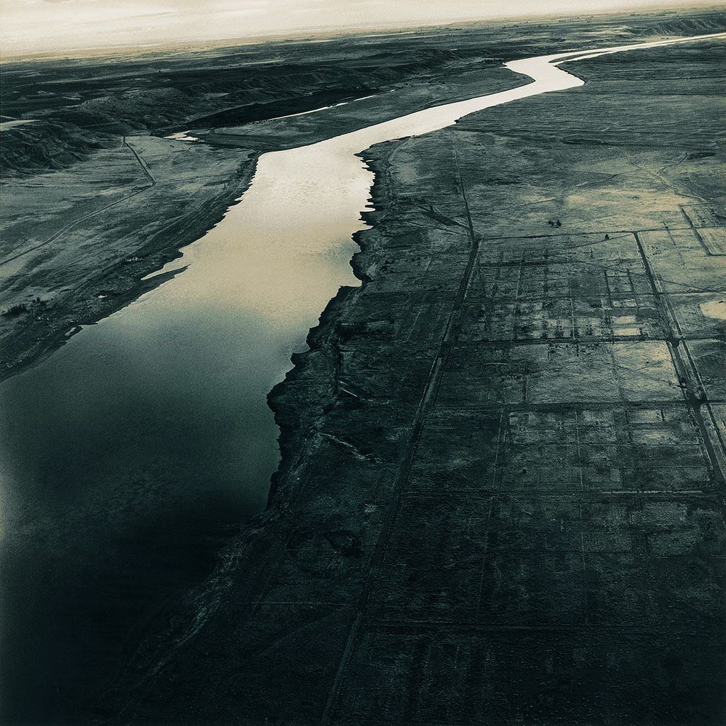 07_Emmet Gowin_Reserve nucleaire de Hanford, pres de Richland (Washington), 1986, irage argentique©Emmet Gowin, courtesy Pace MacGill Gallery, New York