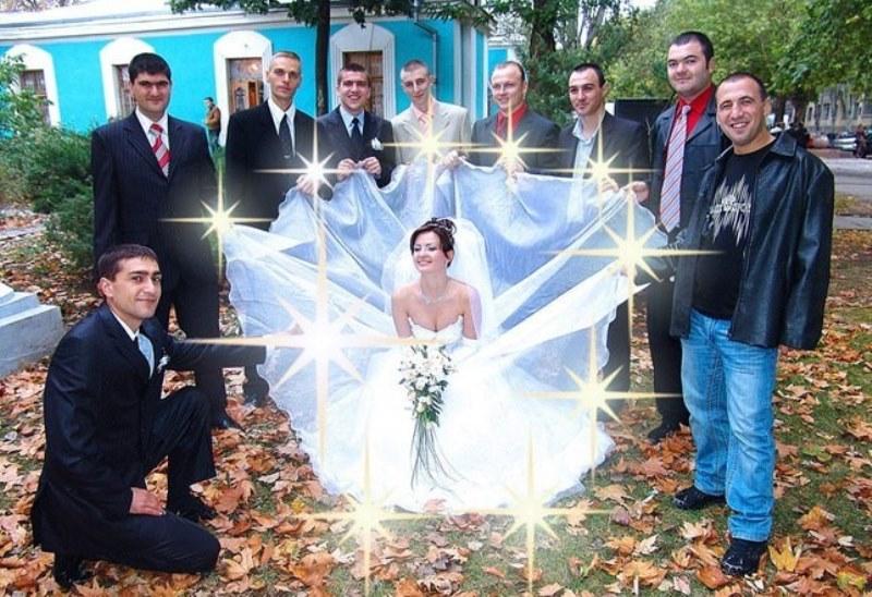 Assez Futurs mariés cherchent photos de mariage originales (et absurdes  PO04