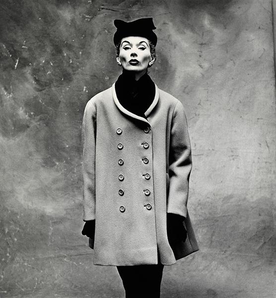 Irving Penn Balenciaga Little Great Coat (Lisa Fonssagrives-Penn), Paris,1950 © Copyright by The Irving Penn Foundation