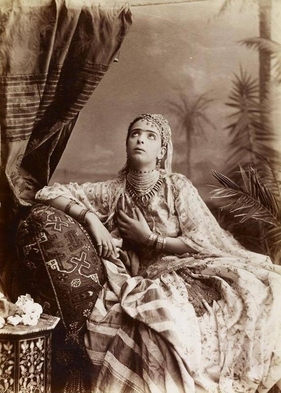 Femme d'Algérie, vers 1910