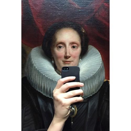 museum-selfies