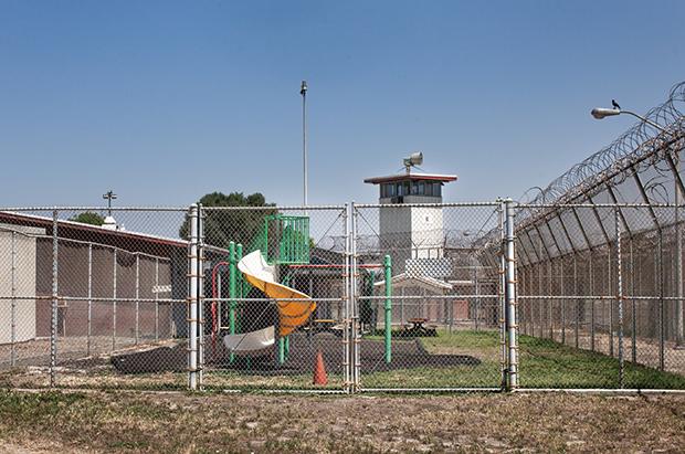 07 Regina Zodiacal - Pregnant in Prison Prisoners Child Childcar