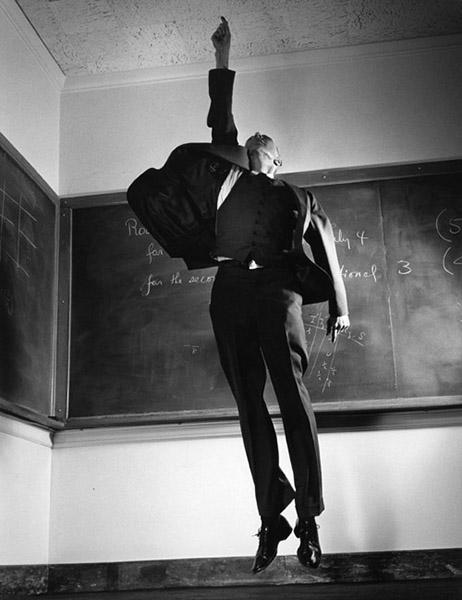Robert Oppenheimer par Philippe Halsman