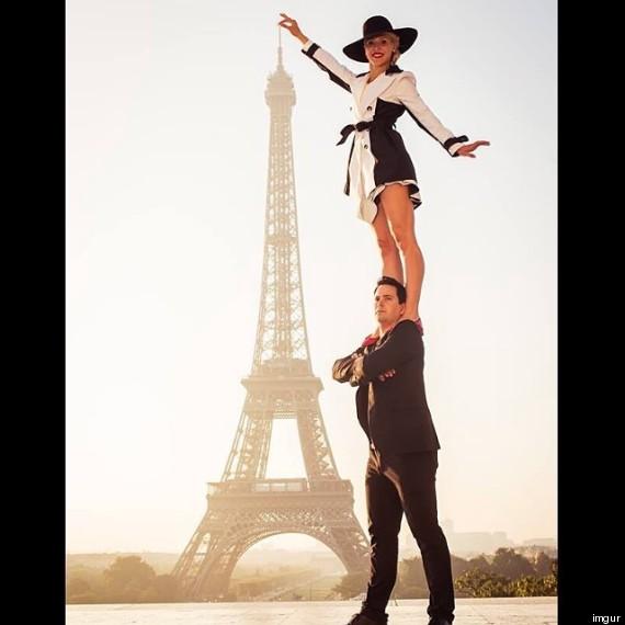 tour-eiffel-couple