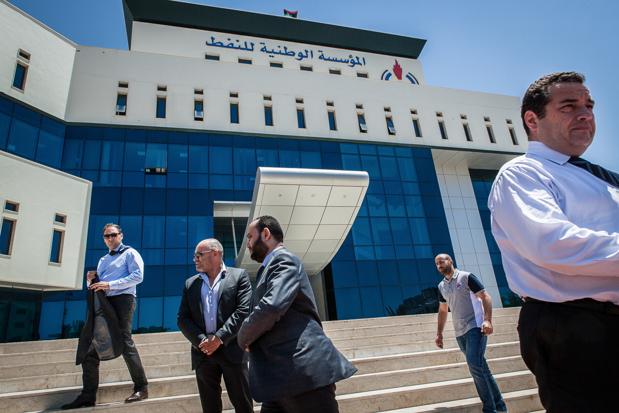 Tripoli, le 5 Juillet 2015. Jean Frédéric Poisson, député PCD (parti chrétien démocrate), se rend en Libye, invité par le gouvernement de Fajr Libya (aube de la Libye), basé à Tripoli et non reconnu par la communauté internationale. Il est reçu par le ministre du pétrole, MR. Mashallah Said.