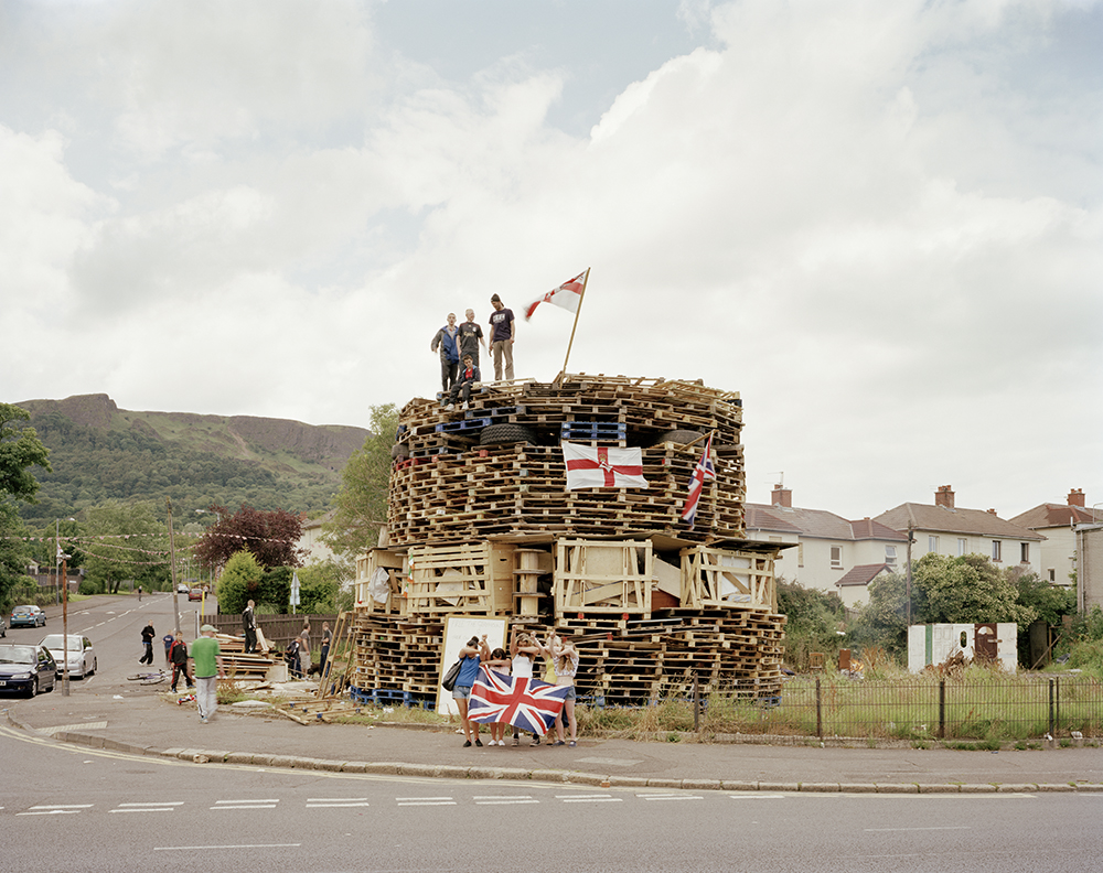Bonfire n° 60, West Belfast, 2011